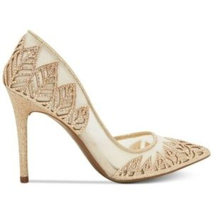 NWOT Jessica Simpson Liya d'Orsay Sheer Pumps